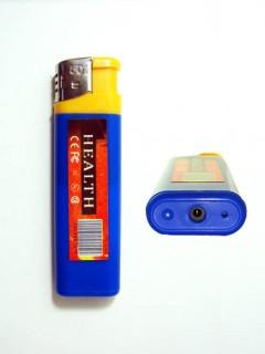 MBRQT1B Caméra Espion dans un Faux Briquet Bleu 480P Micro SD jusqu'à 32 Go Vidéo sur Détection Sonore Photo 720x480