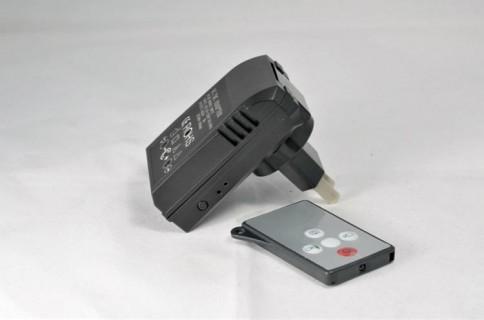 CF188 Chargeur prise secteur USB avec caméra intégrée DVR détection HD 1280x720 25 IPS 64Go max Infrarouge invisible